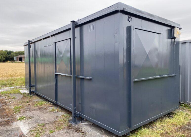 Refurbished site welfare cabin